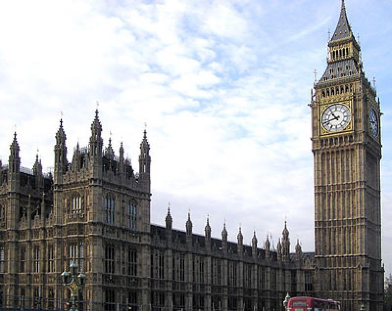 http://100dorog.ru/upload/contents/434/cladirile-parlamentului-obiective-turistice-londra_715.jpg