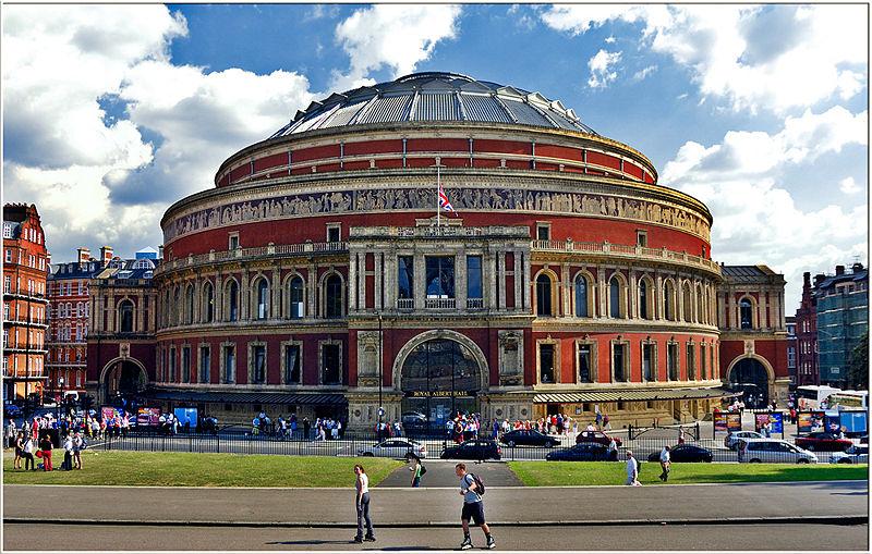 http://images.musicalads.co.uk/baritone.jpg