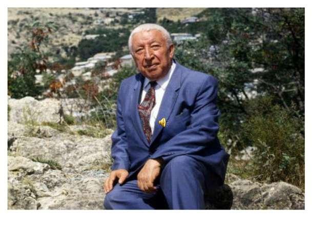 Расул Гамзатов (поэт)