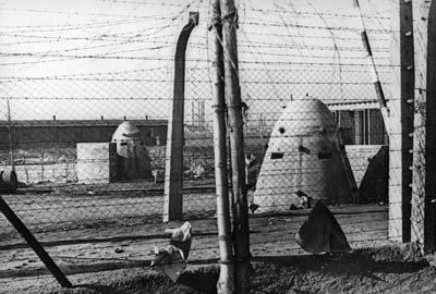 Бронекалпаки против умерающих узников