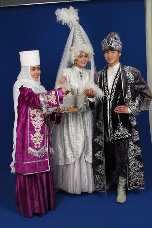 Картинки казахов в национальной одежде