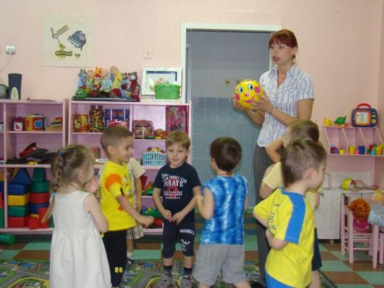 D:\детский сад\открытое занятие в средней гр\DSC00041.JPG
