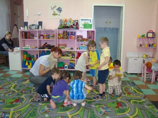 D:\детский сад\открытое занятие в средней гр\DSC00036.JPG