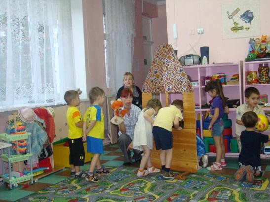 D:\детский сад\открытое занятие в средней гр\DSC00040.JPG