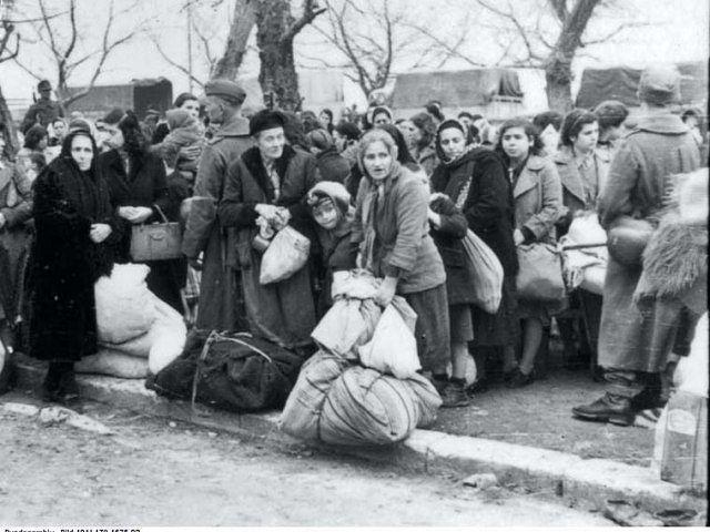 Русская газета в Болгарии: Новости: Депортацию болгарских евреев остановил школьный учитель