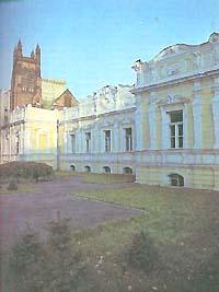 Дом, где жил Е. А. Баратынский и часто бывал Пушкин.