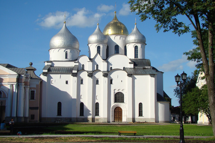 C:\Users\ЕЛЕНА\Desktop\55238816_Saint_Sophia_Cathedral_in_Novgorod.jpg