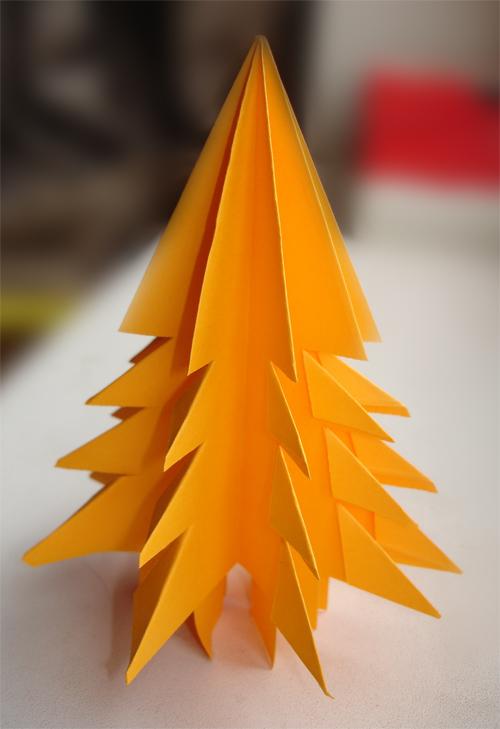 Оригами к Новому году. Елочка из бумаги
