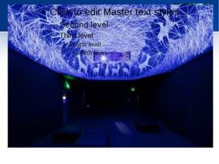 Звездная инсталляция Grotte Stellaire на потолке и стенах. Арт-проект от Ju
