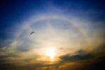 радиусы дополнительных радуг зависят от величины капель