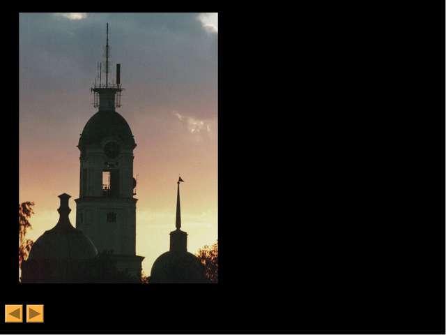 Решение о строительстве новой колокольни было принято в 1788 году при настоя...
