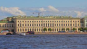 C:\Users\User\Desktop\280px-Spb_06-2012_Palace_Embankment_various_13.jpg