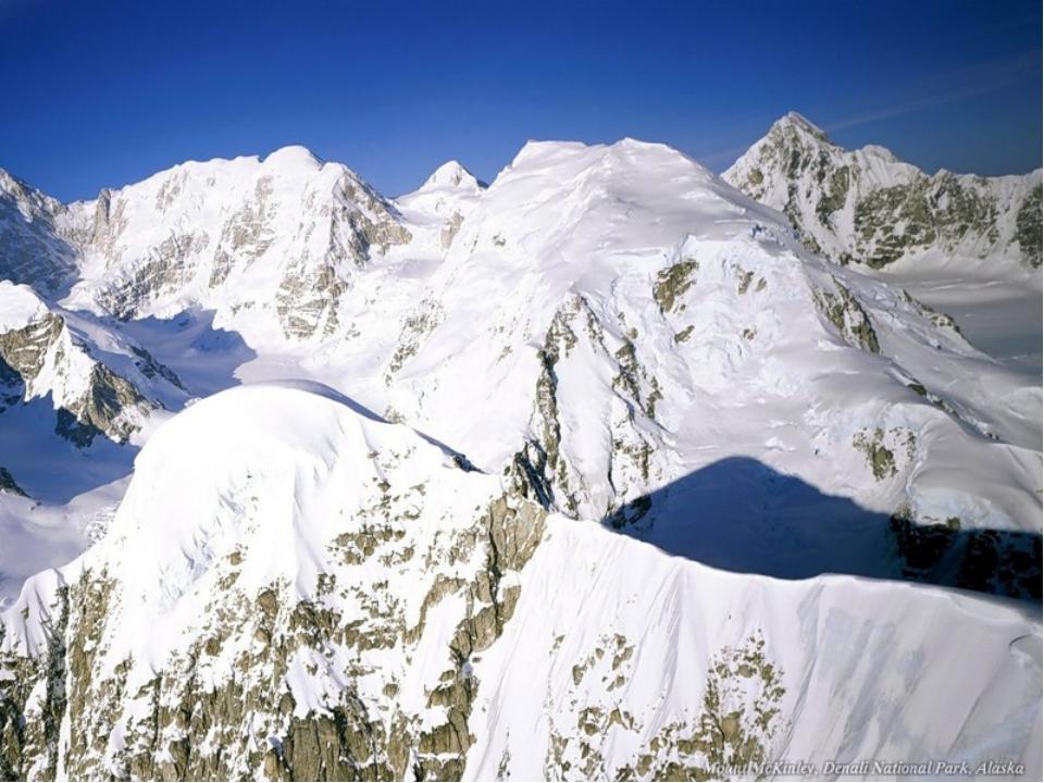 АКОНКАГУА АКОНКАГУА (Aconcagua) , наиболее высокая вершина Анд и всей Южной А...
