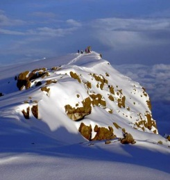 гора Килиманджаро в Африке уменьшенный размер.jpg