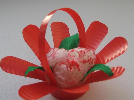 Подарок маме «Корзинка с цветами». Мастер-класс