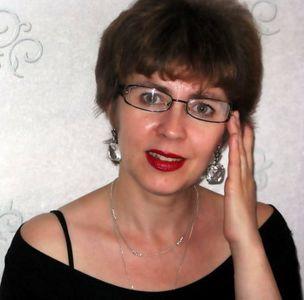 http://www.loveread.ec/img/photo_author/Svetlana-Lubenets.jpg