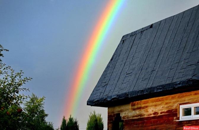 Фото: Радуга над деревней. Фотограф Юрий Савинский. Природа - Фото и фотограф на Расфокусе.