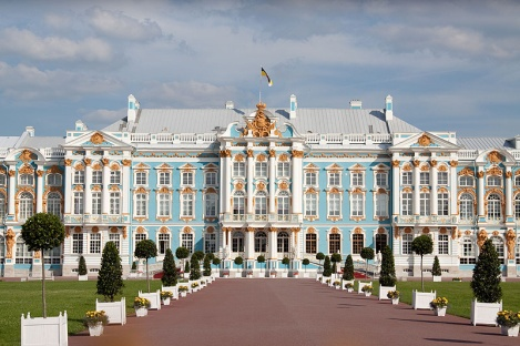 http://www.privetstrana.ru/dvorcy-peterburga/ekaterininskij/image/h1.jpg