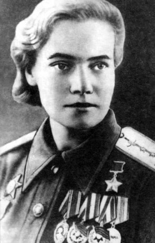 А. Л. Зубкова. Фотография 1945 года
