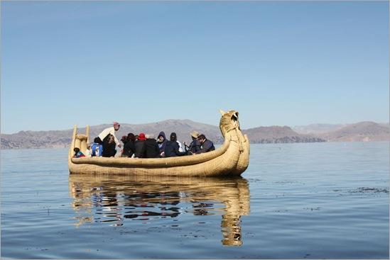 A totora boat