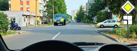 http://carsguru.net/f/pdd/qpic-135.jpg?2