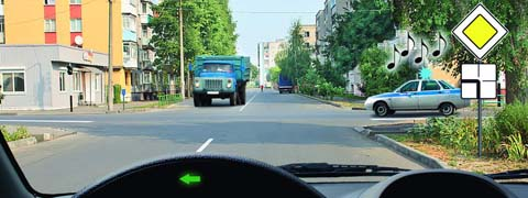 http://carsguru.net/f/pdd/qpic-695.jpg?2
