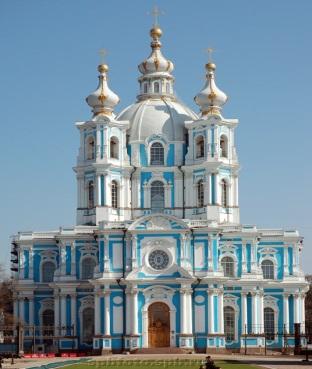 http://spbfoto.spb.ru/foto/data/media/1/smolny.jpg