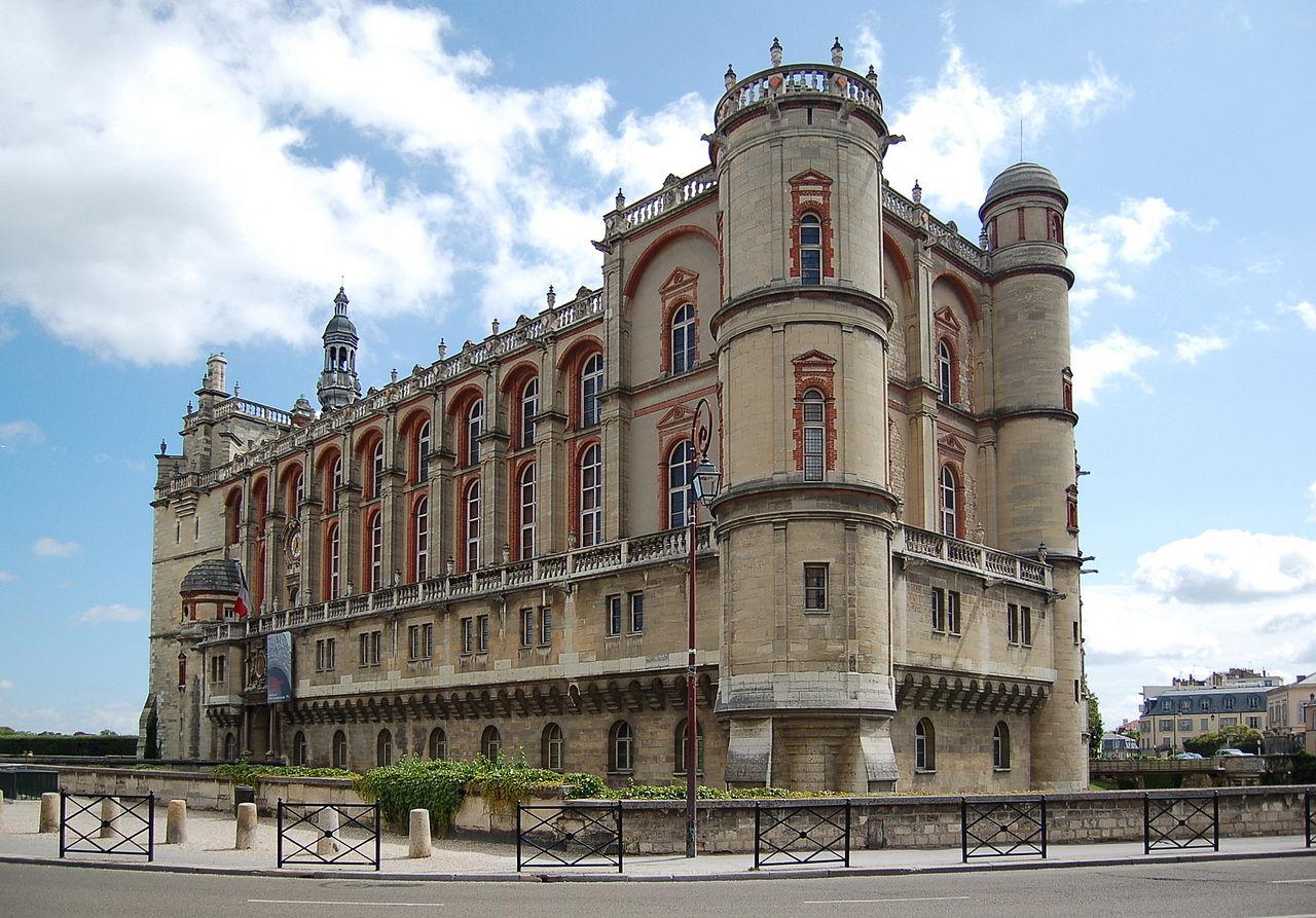 http://upload.wikimedia.org/wikipedia/commons/thumb/1/1c/Chateau_de_St_Germain-en-laye.JPG/1280px-Chateau_de_St_Germain-en-laye.JPG