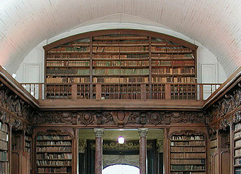 http://upload.wikimedia.org/wikipedia/commons/thumb/3/37/Bibliotheque_alencon_670px.jpg/350px-Bibliotheque_alencon_670px.jpg