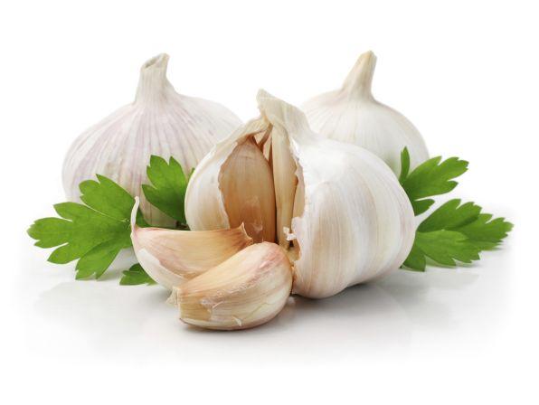 http://www.diaet-rezept.org/wp-content/uploads/2012/12/Knoblauch-ist-gesund.jpg