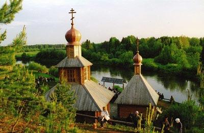 http://img.rg.ru/img/content/28/73/86/chasovnia-u-reki-velikoi.jpg