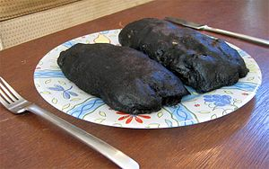 http://upload.wikimedia.org/wikipedia/commons/thumb/c/c7/Loaf_of_cooked_wila_lichen.jpg/300px-Loaf_of_cooked_wila_lichen.jpg