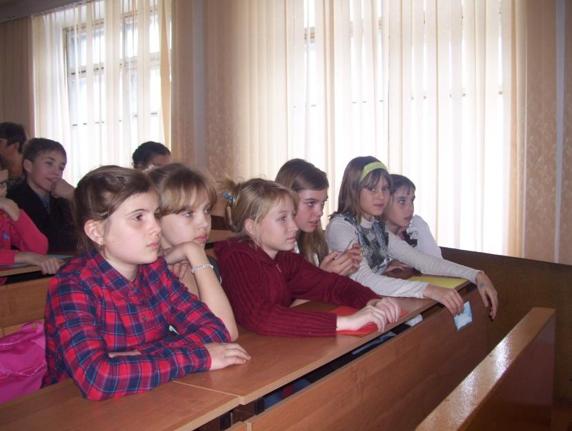 D:\фото\школа\школа 12-13\неделя рус\акцияя\100_9433.JPG