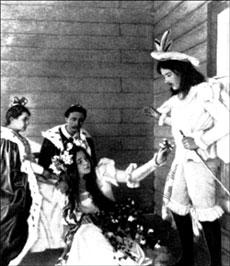 Сцена из спектакля «Гамлет» (второй слева – А.Блок)