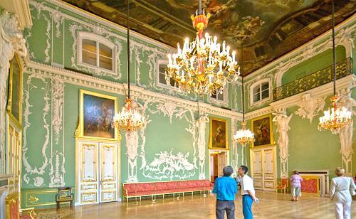 Большой зал Строгановского дворца