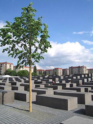 Мемориал жертвам Холокоста в Берлине