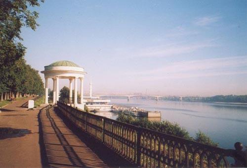 «Беседка Некрасова» на Волжской набережной в Ярославле (1840-е годы)