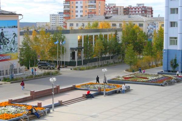 http://foto.gorodmirny.ru/uploads/posts/2011-11/1322349278_gor_meriy.jpg