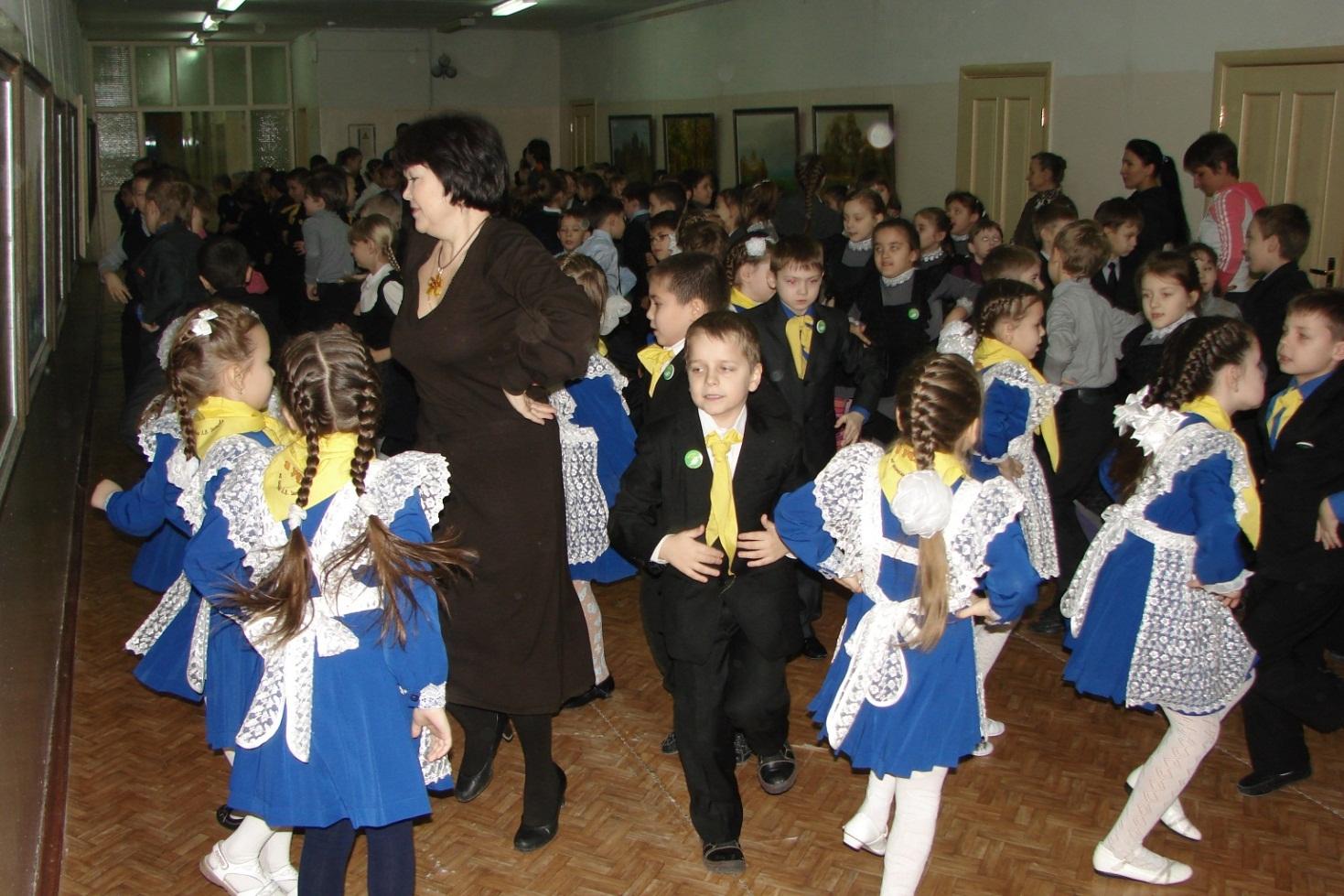C:\Users\toshiba\Pictures\посвящение в Занковцы !\школа\DSC09563.JPG