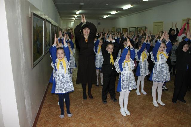 C:\Users\toshiba\Pictures\посвящение в Занковцы !\школа\getImage (53).jpg