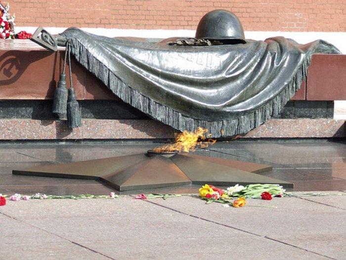 Студента МГИМО арестовали за езду возле могилы Неизвестного солдата Новости Казахстана, последние новости Казахстана