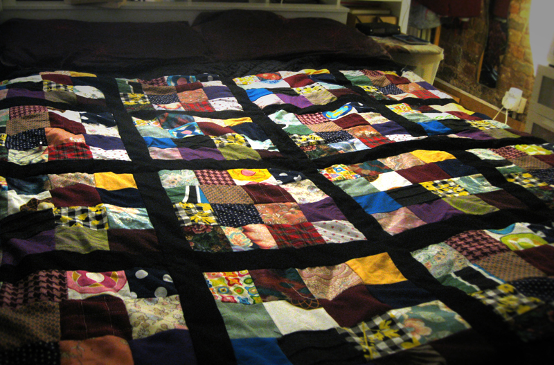 http://images.coplusk.net/project_images/39072/image/full_quilt_1260903884.jpg